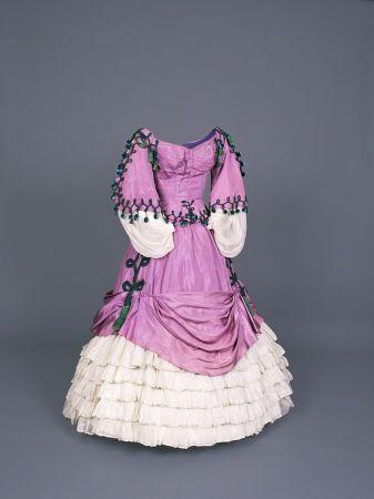 Dress created by Monsieur Dior for La Valse de Paris movie ©cinematheque française Stephane Dabrowski
