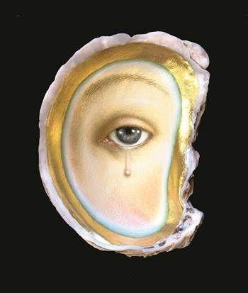 美國當代年輕藝術家Tabitha Vevers所創作的作品《Pearlmaker VI》,目前被珍藏在新不列顛美國藝術博物館