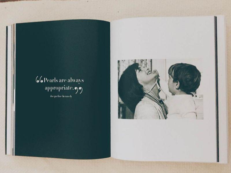 右:賈桂琳甘迺迪與長子小約翰甘迺迪
