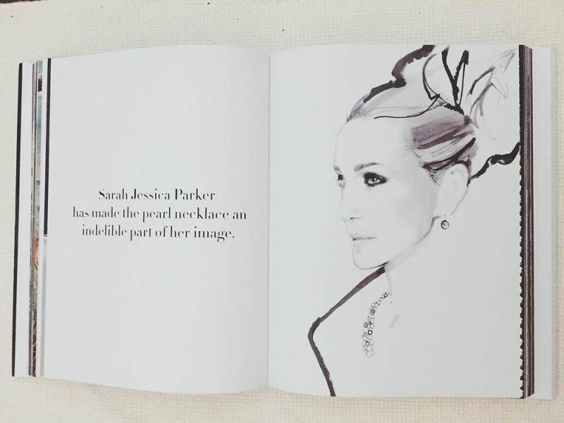 右:時尚插畫大師David Downtown所繪的莎拉潔西卡帕克