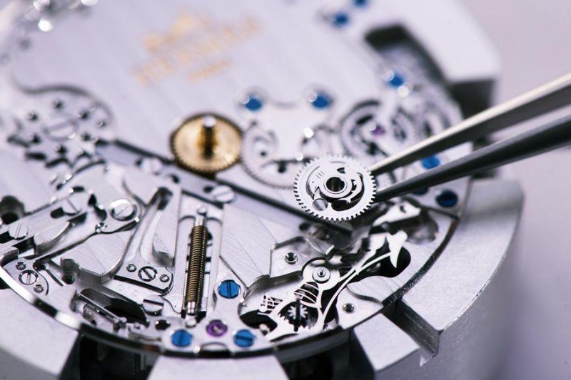 複雜機械製錶