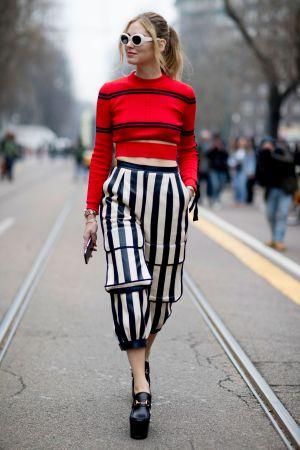 當紅知名部落客Chiara Ferragni,穿上融合典雅與龐克的厚底樂福鞋,踏出帥氣自信。