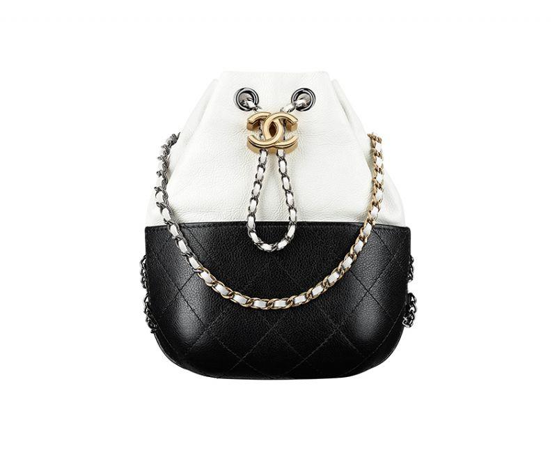 黑白雙色皮革鍊帶小包,Chanel。