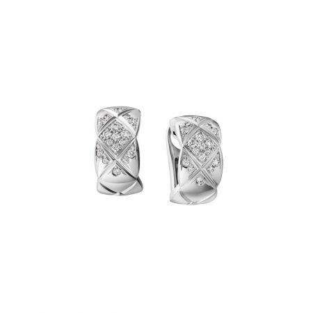 """""""COCO CRUSH """"耳環18K白金鑲嵌34顆明亮式切割鑽石。建議售價NTD 157,000元"""
