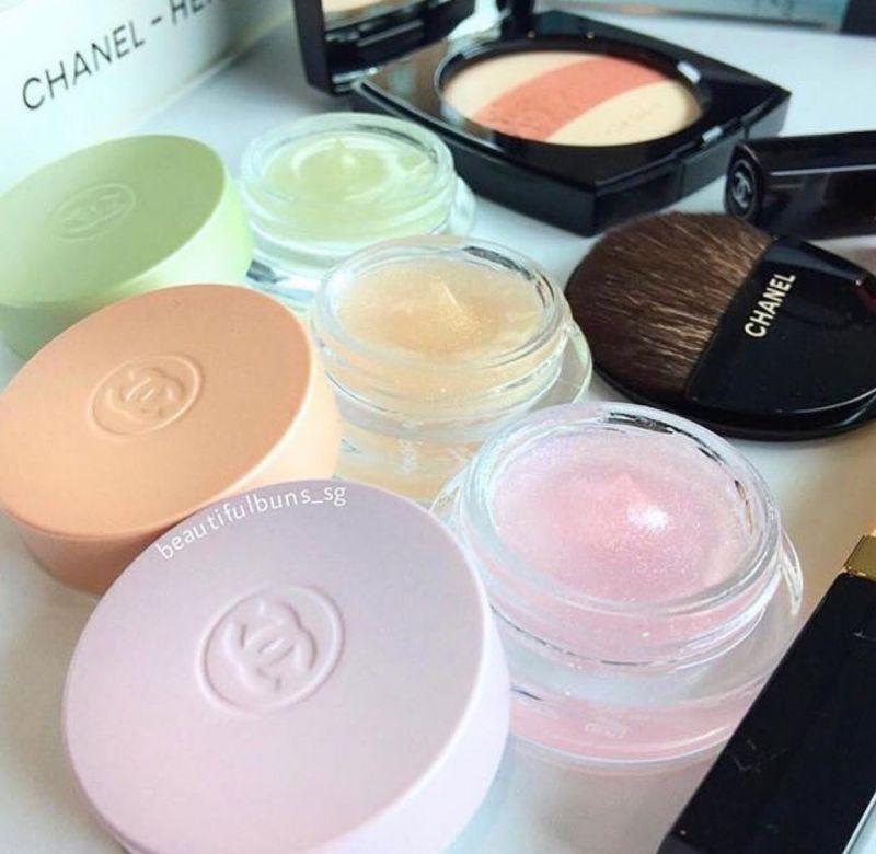 chanel即將推出chance粉紅甜蜜、橙光輕舞與綠色氣息3種氣味的透明香膏。