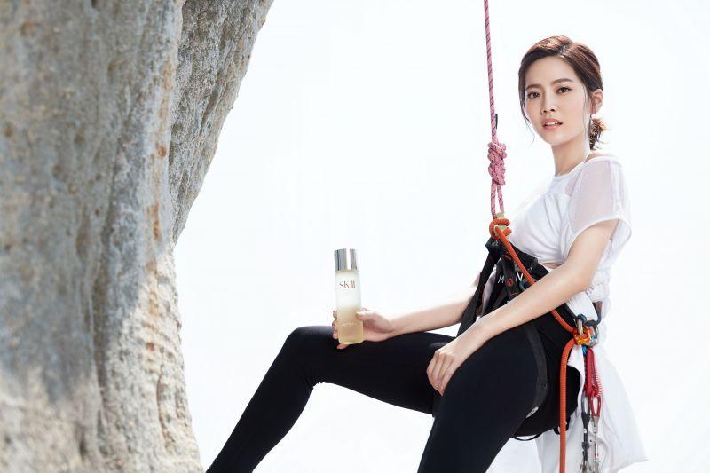 SK-II FACE THE WILD FACE THE CAMERA青春露極限挑戰:曾之喬於台灣東北角嚴峻峭壁挑戰極限攀岩