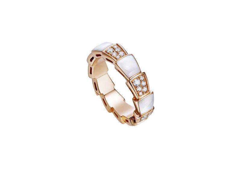 AN858043_BVLGARI SERPENTI VIPER RING玫瑰金珍珠母貝鑽石戒指,參考售價:約新台幣139,500元