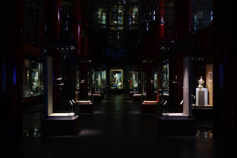 活動現場共展出超過300件來自於16間博物館的國家寶藏級骨董展品