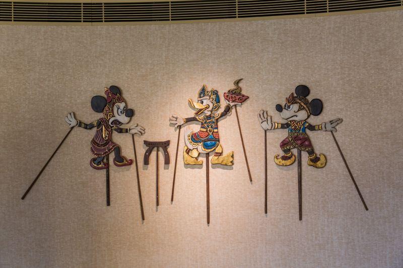 由峇厘島設計師專為迪士尼探索家度假酒店設計的迪士尼角色皮影戲偶