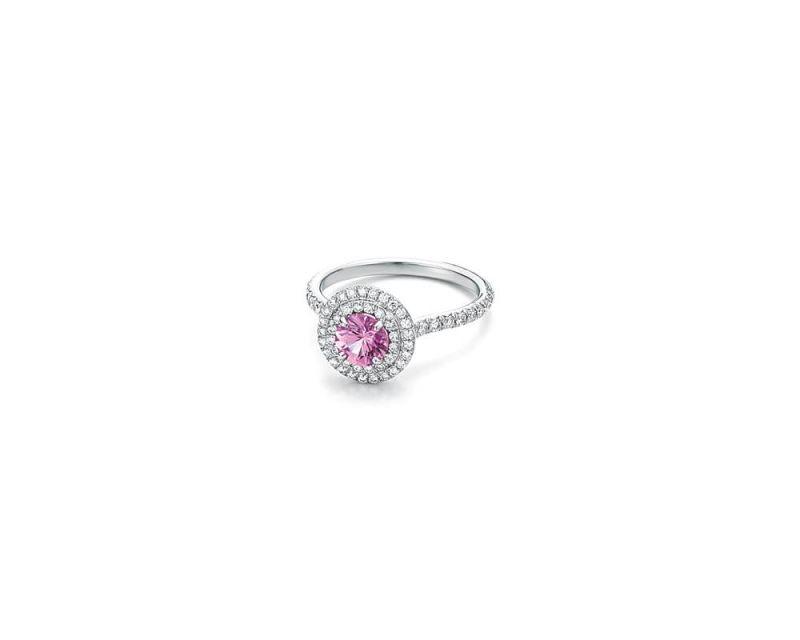 Tiffany Soleste 粉色剛玉與鑽石戒指 NT$287,000