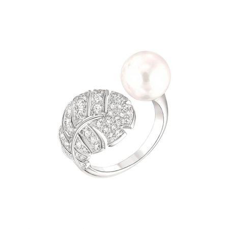 香奈兒高級珠寶Plume Poire戒指,18K白金鑲嵌鑽石及日本養珠