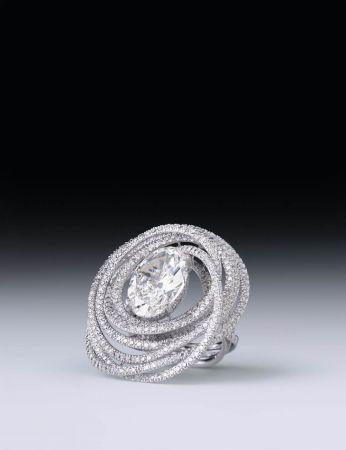 """香奈兒高級珠寶 l'Air""""戒指,18K白金鑲嵌鑽石"""