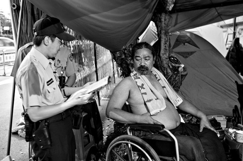 那布(Istanda Husungan Nabu)每天都在蒐集罰單