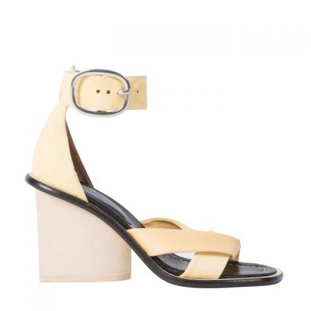 米色粗跟涼鞋,Paul Smith,NT19,800。