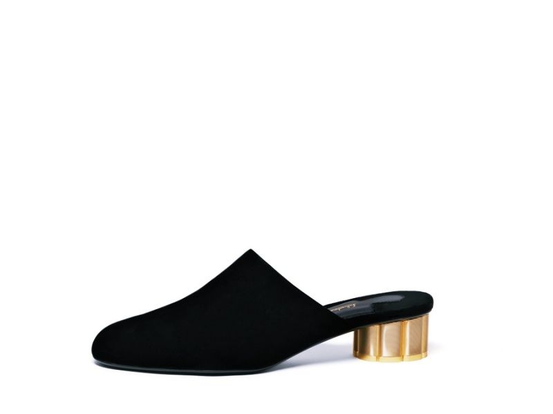 LIVORNOV黑色天鵝絨花漾跟拖鞋, 建議售價NT$21,900