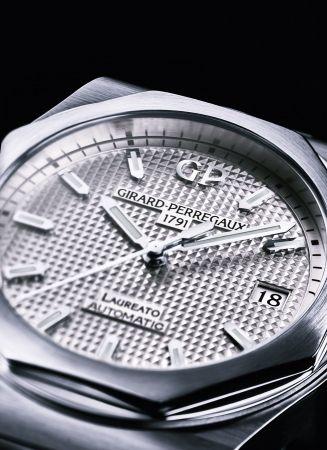GP 芝柏表Laureato 桂冠系列38MM不鏽鋼錶殼鋼帶款_NTD 316,800