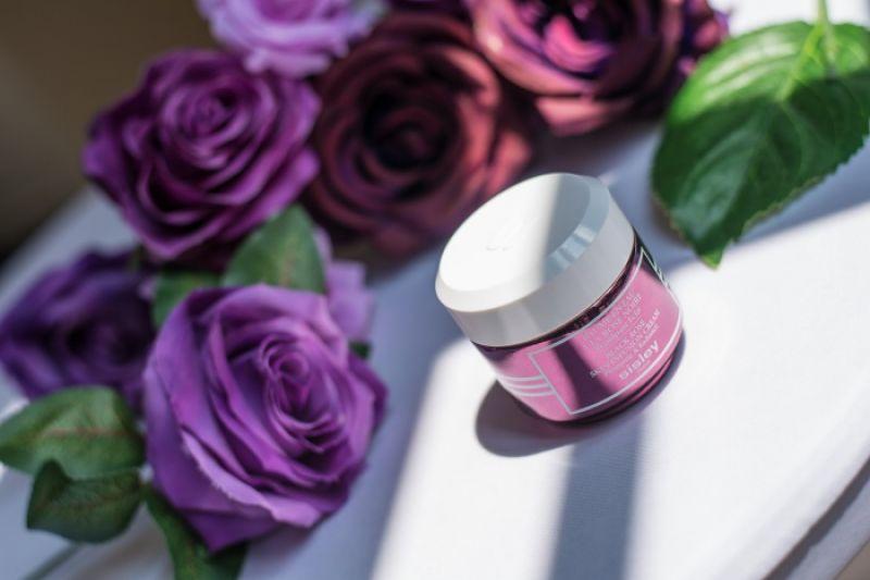 Sisley 黑玫瑰彈潤水凝霜,50ml, NT5,800