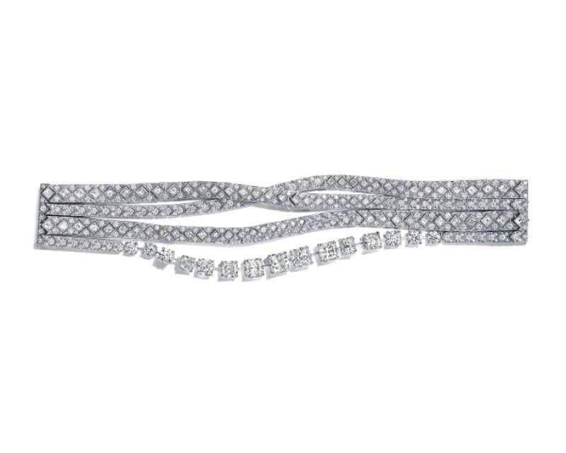 Tiffany 2016 Masterpieces 鉑金鑲嵌Lucida、方形與圓形明亮式切割鑽石緞帶造型手鍊
