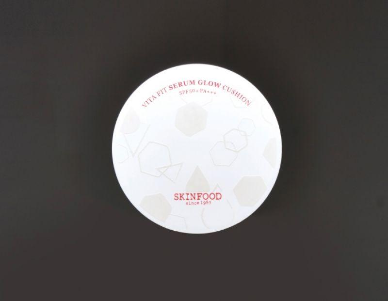 SKINFOOD 維他專屬訂製保濕氣墊粉餅系列 SPF50+ PA+++,15g,NT$990