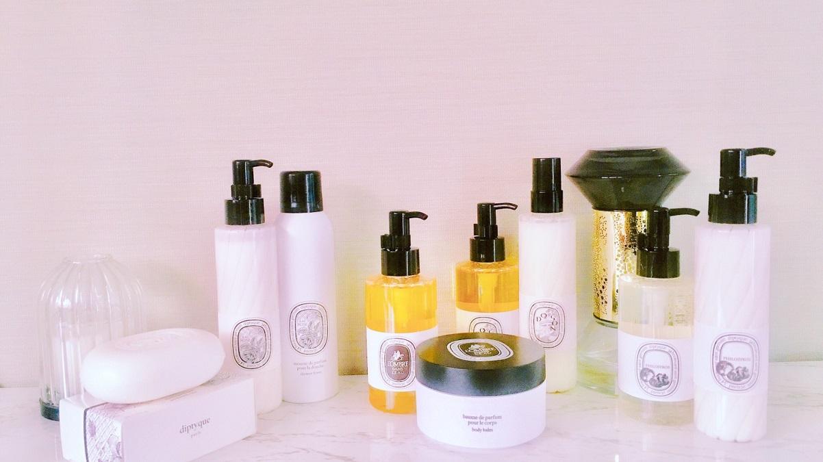 怦然心動!香水界的詩境空間,Diptyque「 香氛姿態系列」推出沐浴油、慕斯、潤澤霜、身體噴霧、香氛皂(全系列完整介紹)