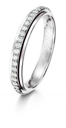 Possession 旋轉指環18K白金鑲嵌47顆美鑽(約0.34克拉)G34PR600台幣參考價格129,000 起