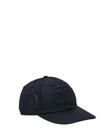 ZAYN X VERSUS聯名系列 - 黑色棒球帽 價格未定