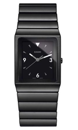 Rado Ceramica 整體陶瓷系列高科技陶瓷腕錶_型號R21708152 建議售價NTD 73,200。