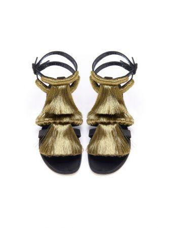 金色流蘇涼鞋,Sanayi,NT31,580。