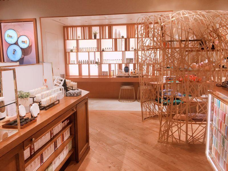 以木頭為主要設計的裝潢