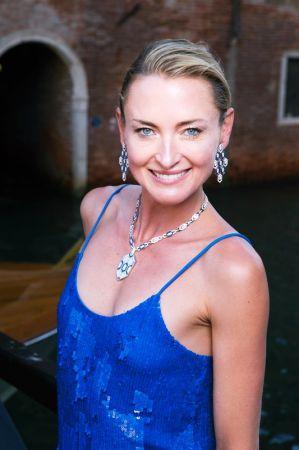 德國公主Lilly Sayn 配戴BVLGARI Mediterranean Eden系列 Serpenti Eyes on Me藍寶石與鑽石項鍊