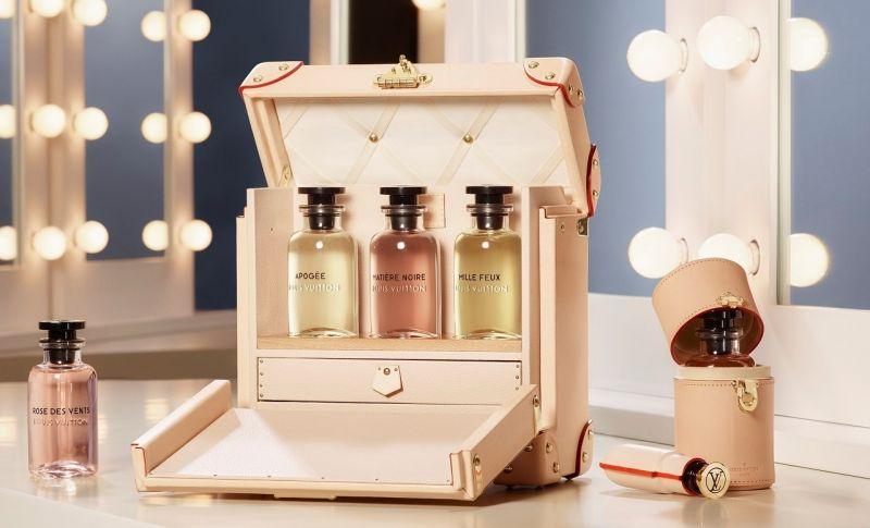 路易威登Louis Vuitton專為香水訂製的粉紅皮革行李箱