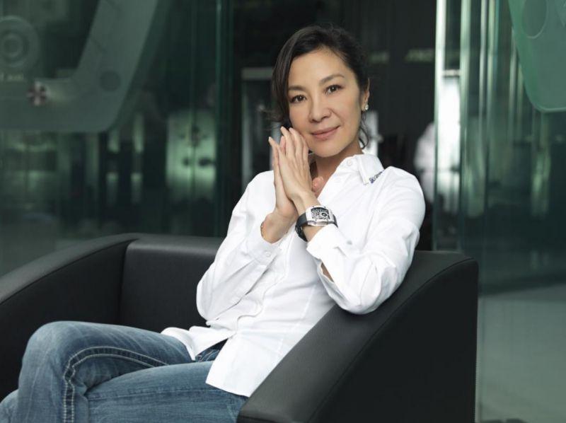 女星楊紫瓊佩戴RM 51-01龍虎陀飛輪腕錶。