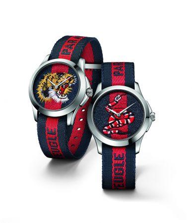"""38mm,針織藍紅藍圖紋及虎頭刺繡錶面,不鏽鋼錶殼,藍紅藍尼龍錶帶繡有""""為愛癡狂""""字樣,Gucci,NT28,00038mm,針織藍紅藍圖紋及珊瑚蛇刺繡錶面,不鏽鋼錶殼,藍紅藍尼龍錶帶繡有""""為愛癡狂""""字樣,Gucci,NT28,000"""