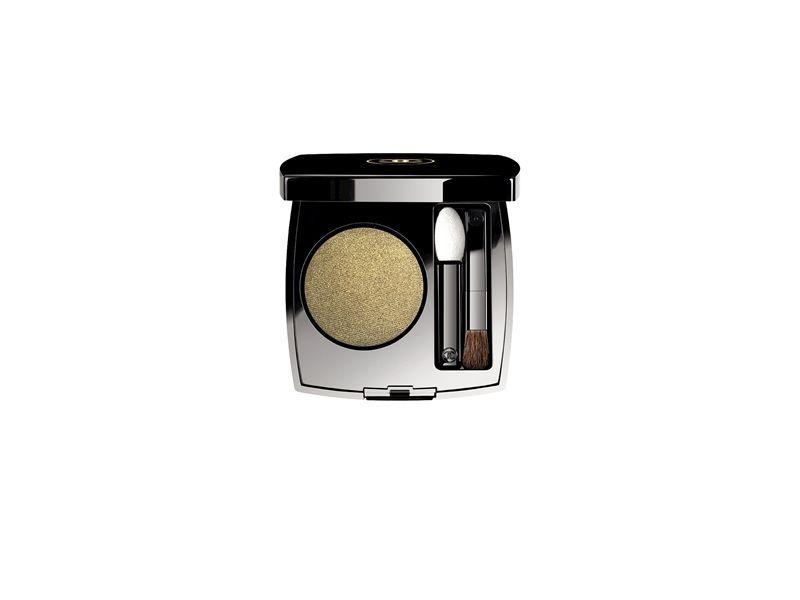 香奈兒Chanel單色恆彩眼影(迷幻)1.8g,NT1270。