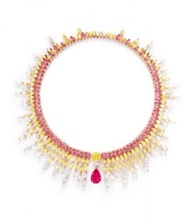 Sunlight Journey 主題項鍊,18K 玫瑰金、黃金及鉑金,鑲嵌飾尖晶石、黃鑽及鑽石,可轉換款式。