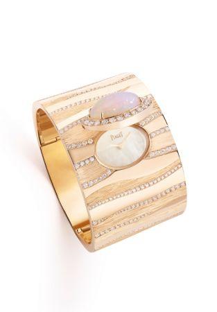 Sand Waves主題神秘腕錶,玫瑰金鑲嵌鑽石,蛋白石錶蓋,珍珠貝母錶盤。