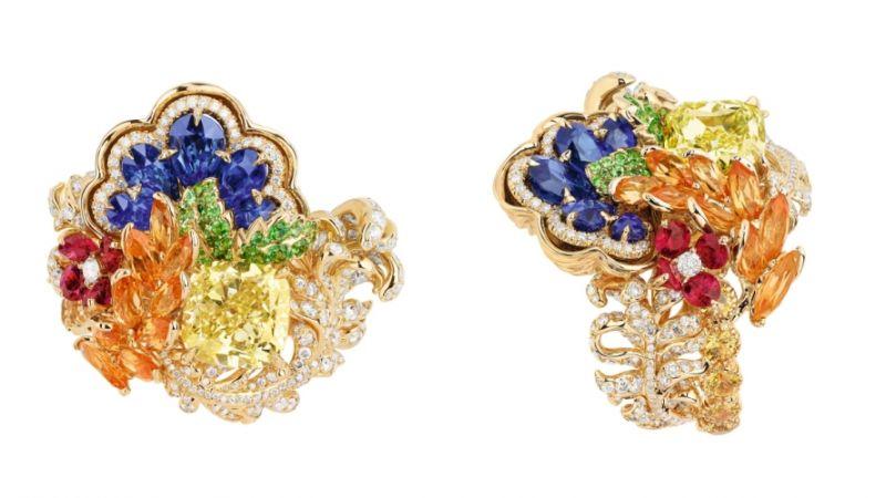 BOSQUET DE LA COLONNADE黃鑽戒指_黃K金、鑽石、藍寶石、黃鑽、錳鋁榴石、黃色剛玉、紅寶石、沙弗萊石,NT$ 14,500,000。
