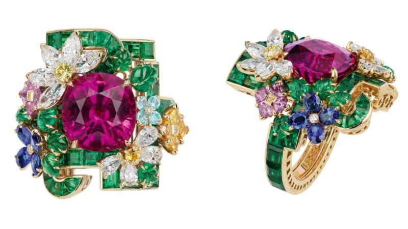 ORANGERIE紅色碧璽戒指_白K金、鑽石、祖母綠、紅色碧璽、紅色剛玉、藍寶石、粉紅剛玉、帕拉依巴碧璽、黃鑽,NT$ 11,000,000。