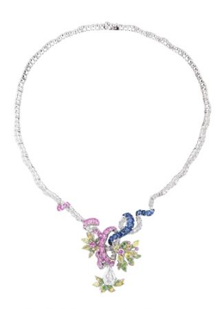 BOSQUET DES DÔMES鑽石項鍊_白K金、鑽石、粉紅剛玉、藍寶石、黃鑽、翠榴石、沙弗萊石,NT$ 35,000,000。