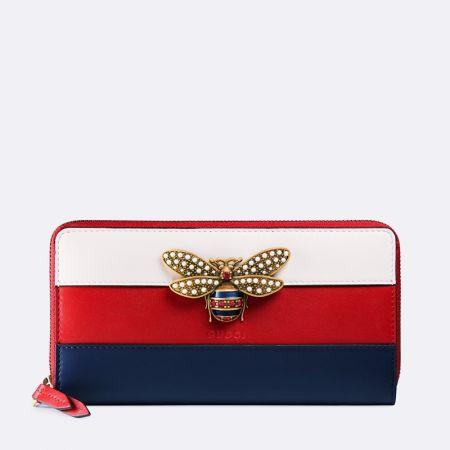 Queen Margaret 立體蜜蜂裝飾拉鍊長夾, NT$ 26,900