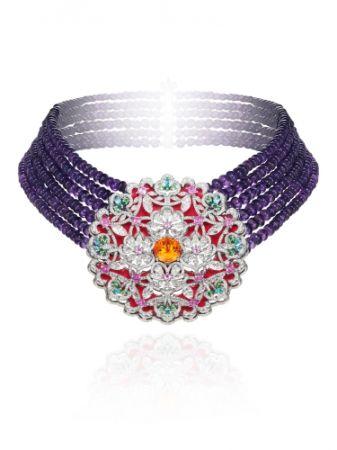 18K白金鑲嵌302.6克拉紫水晶與6.5克拉石榴石,鑽石, Paraiba碧璽,粉色剛玉以及沙弗來石項鍊。