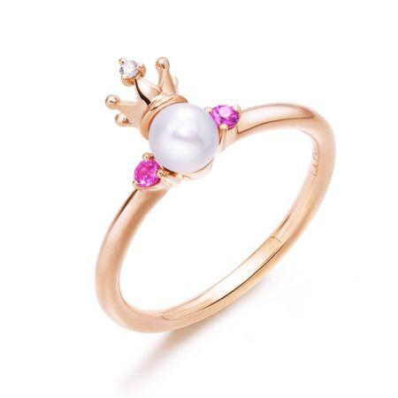 點睛品La Pelle 18K 玫瑰金Akoya珍珠、粉紅色藍寶石及鑽石戒指 NT$12,500