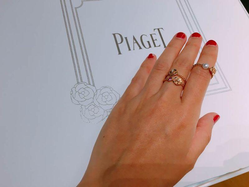 Piaget首次嘗試在Rose系列中的三款全新戒指,以金質扭轉的設計,展現宛如枝蔓的細節,再根據不同的寶石鑲嵌,售價大約落在3萬元起跳。