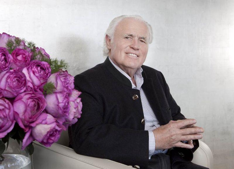 家族傳人Yves Piaget先生本人親自培育的全新玫瑰花種「Yves Piaget Rose」