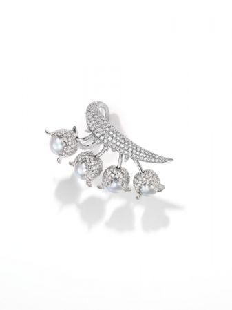 chorus valley 戒指_18K 白金、鑽石、巴洛克阿古屋珍珠。
