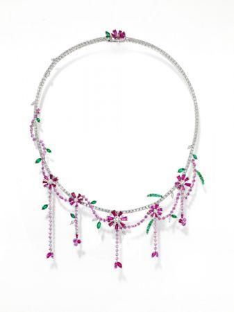 opulence 項鍊_鉑金、鑽石、紅寶石、祖母綠、粉色藍寶石。