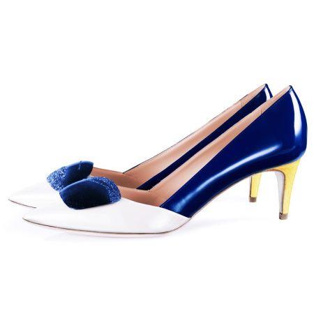 R · SANDERSON全新Shadow 系列海軍藍鞋款,建議售價NT$76,800