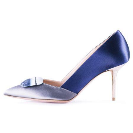 R · SANDERSON全新Shadow 系列靛藍鞋款,建議售價NT$76,800
