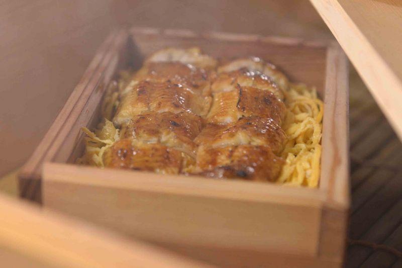 夢幻鰻魚蒸籠飯/450 元