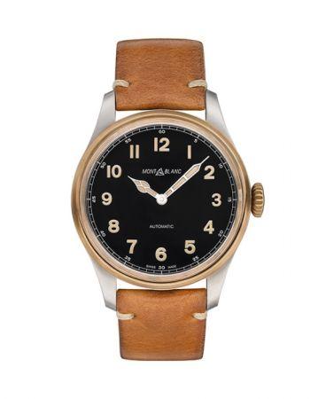 1858 系列腕錶,直徑 44mm 青銅材質,自動機芯,Montblanc。